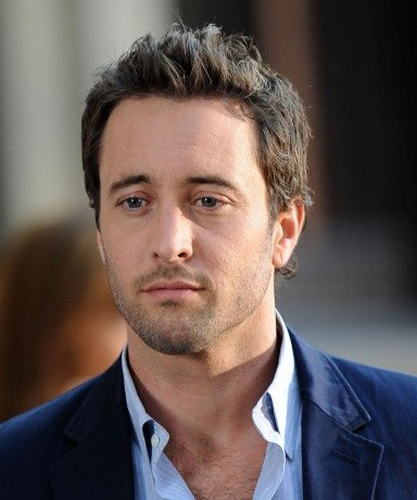 alex o'loughlin bond